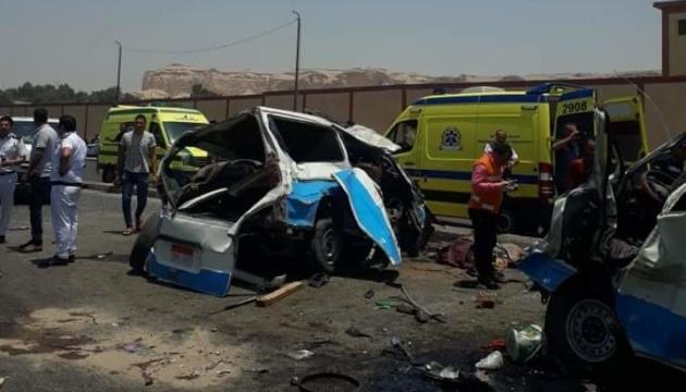 У Єгипті зіткнулися мікроавтобуси: 14 загиблих