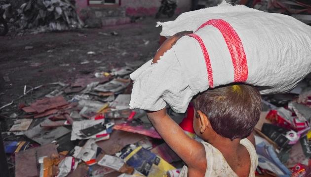 Более 150 миллионов детей в мире вынуждены работать, чтобы выжить