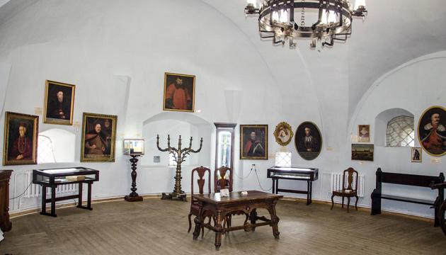 Спадщину князів Острозьких можна буде побачити онлайн