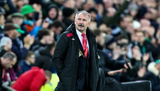 Збірна Білорусі з футболу залишилася без головного тренера