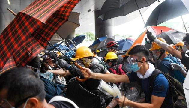 Протести в Гонконгу: повторити Тяньаньмень хоч би й хотілося, але не можеться