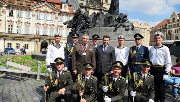 Почесна варта ЗСУ взяла участь у фестивалі Drillfest в Празі