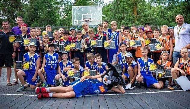 На Херсонщині пройшов Фестиваль мінібаскетболу