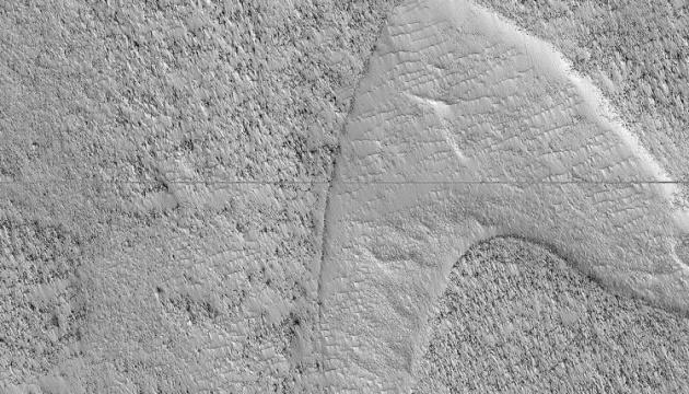 """На Марсі лава """"намалювала"""" логотип """"Зоряного флоту"""""""