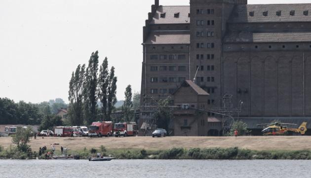 У Польщі під час авіашоу впав літак, пілот загинув