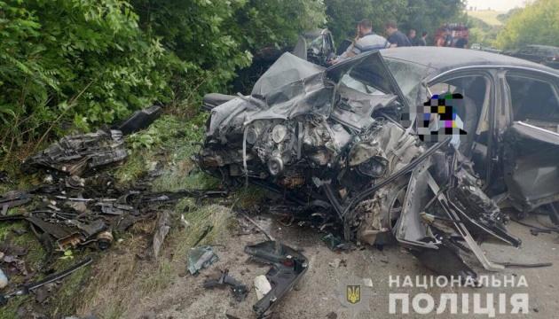На Вінниччині зіштовхнулися дві автівки - четверо загиблих