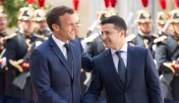 Zelensky thanks Macron for willingness to help with COVID-19 vaccine