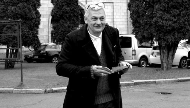 Вбивство журналіста Комарова: підозрюваних і затриманих досі немає
