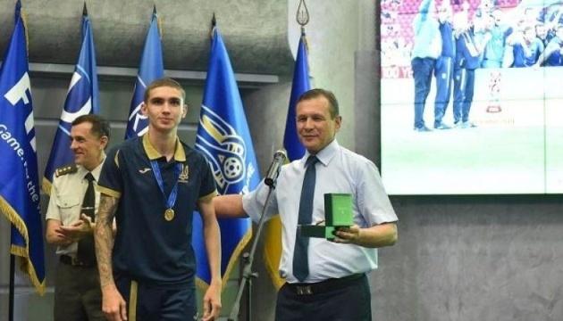 Футболіст збірної України U20 присвятив