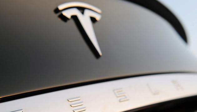 Tesla заявила про свій перший прибутковий рік