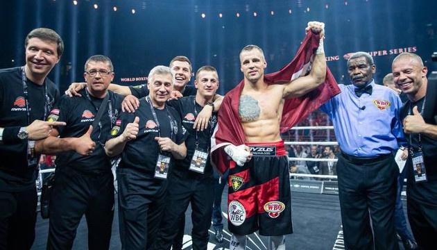Латвійський боксер Брієдіс офіційно визнаний чемпіоном WBO у важкій вазі