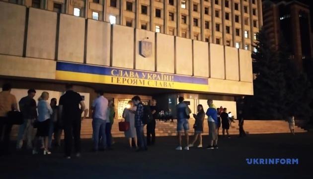 В ЦИК приходили представители партии Саакашвили, но в здание их не пустили