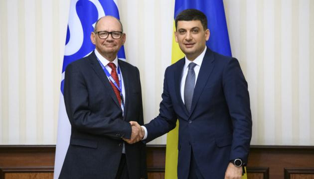 Гройсман обговорив вибори у Раду із главою місії спостерігачів ОБСЄ