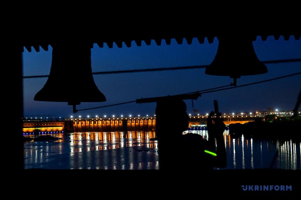 ザポリッジャ市ホルティツャ島での夜間エキスカーション「夜のシーチ」の様子 写真:ドミトロー・スモリイェンコ、ウクルインフォルム