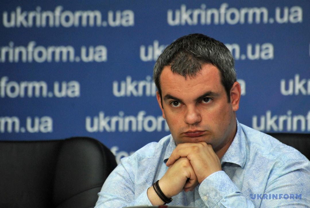 Андрій Гук