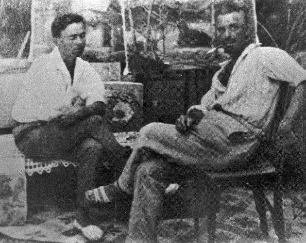 Володимир Винниченко з художником Миколою Глущенком