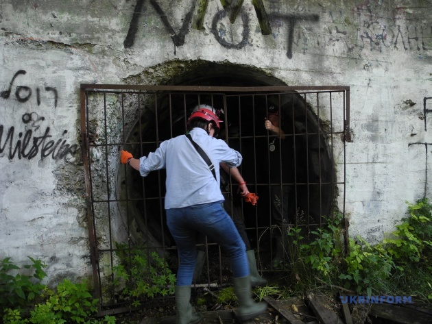 Тунель у центрі міста: в Чернівцях функціонує екстремальний туристичний маршрут