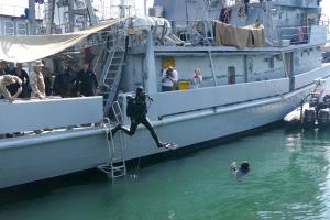 """Abwehr von Seeangriff und Schießübungen: Erste Phase von Militärmanöver """"Sea Breeze-2021"""" auf Hoher See abgeschlossen"""