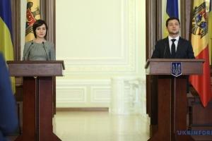 """Прем'єр Молдови привітала Зеленського з результатами """"Слуги народу"""" на виборах"""