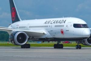 Air Canada поки не збирається відновлювати авіарейси до Китаю