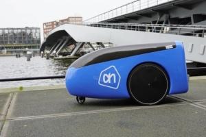 В Нидерландах продукты из супермаркета доставлять робот
