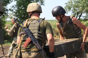 Donbass: Besatzer brechen 7 Mal Waffenruhe, ein Soldat verwundet