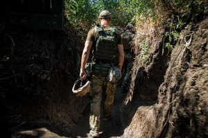 """На Донбассе соблюдается """"хлебное перемирие"""" - за день ни одного обстрела"""