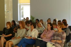 Тергромади на Прикарпатті запускають власні програми соцзахисту населення