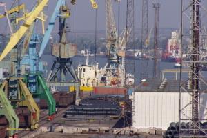 Українські порти за пів року збільшили перевалку вантажів до 70 мільйонів тонн