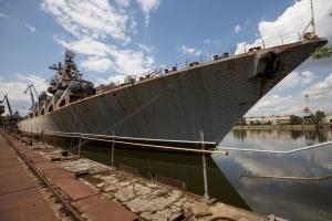 """Крейсер """"Украина"""" надо продать и активизировать строительство корветов — Полторак"""