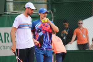 Молчанов и Зеленай проиграли на старте теннисного турнира в Гштааде