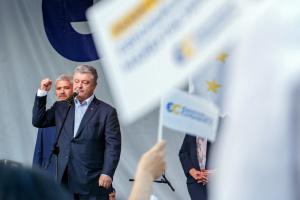 Poroschenko nennt Bedingungen der Zusammenarbeit mit Selenskyj
