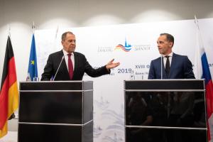 """Кремль хоче """"інвентаризувати"""" відносини з новим складом Єврокомісії"""