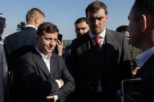 Президент у Запоріжжі: мости, мільярди, бігборди і дежавю