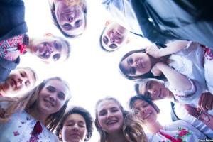 Освітньо-інформаційна програма для молоді діаспори запрошує на літні курси