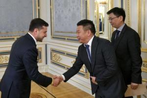 Зеленський обговорив з китайськими інвесторами розробку газових родовищ