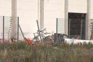 В Германии самолет упал на гипермаркет, есть погибшие