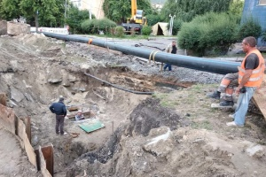 У Києві ремонтують Мостицький колектор