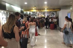 В Італії через пожежу на залізниці скасували міжміські потяги