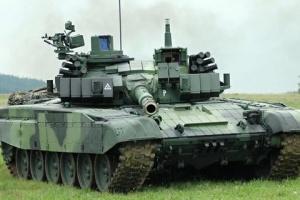 Польща модернізує свої танки Т-72 на майже півмільярда доларів