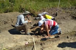 На Рівненщині археологи шукають рештки давнього монастиря