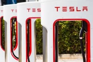 Tesla veut construire un réseau de recharge rapide en Ukraine