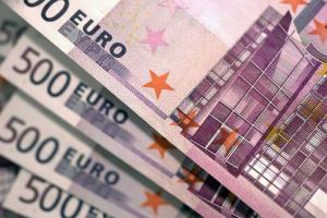 """""""Коронакриза"""" коштуватиме Європі сотні мільярдів євро - експерти"""