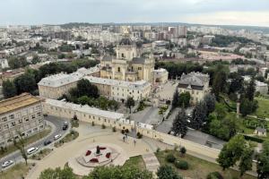 На Львівщині похвалилися рекордним зростанням надходжень від турзбору