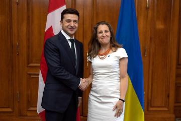 Zelensky, lors de sa rencontre avec Freeland, confirme le cap de l'Ukraine sur l'UE et l'OTAN