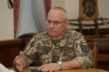 ホムチャーク参謀総長、8日のペトリウシケにおける兵力引き離し開始時刻を発表