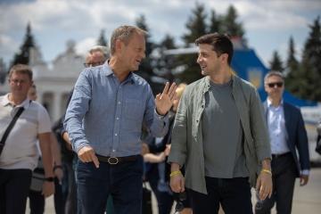 Selenskyj spricht mit Tusk über Russlands Nicht-Rückkehr in G7