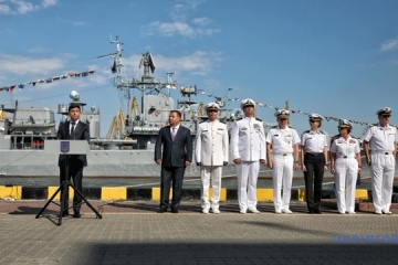 Poltorak meets with Canadian delegation