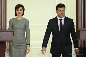 Volodymyr Zelensky a félicité Maia Sandu  pour sa victoire à l'élection présidentielle moldave