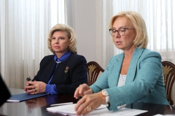 Denísova y Moskalkova discuten asistencia médica a presos políticos ucranianos